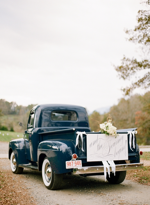 southern-wedding-vintage-truck